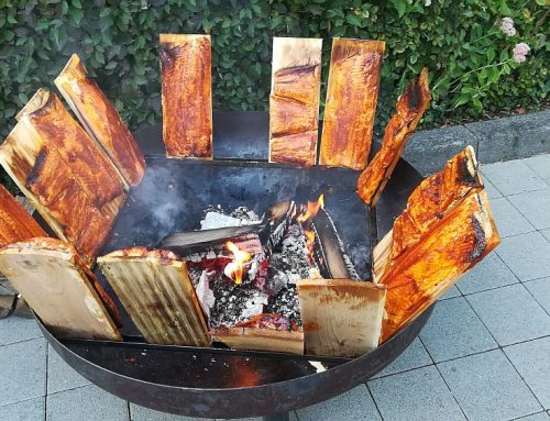 Flammlachs vom Holzfeuer Kamado-Buddys