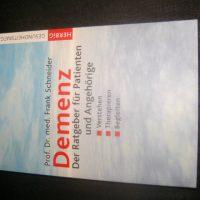 """Buch zum Thema """" Demenz"""" zu verkaufen"""