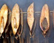 edingershops-fische-räuchern